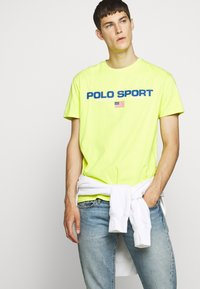 Polo Ralph Lauren - T-shirt imprimé - bright pear - 4