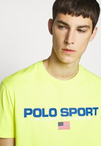 Polo Ralph Lauren - T-shirt imprimé - bright pear - 3
