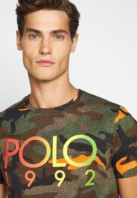 Polo Ralph Lauren - Triko spotiskem - southern orange - 3