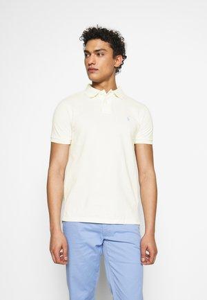 MODEL - Polo shirt - chic cream