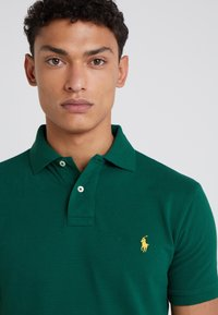 Polo Ralph Lauren - Polo shirt - new forest/yellow - 4