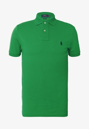 Polo - golf green