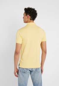 Polo Ralph Lauren - SLIM FIT  - Polo - empire yellow - 2