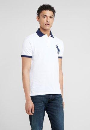 SLIM FIT - Koszulka polo - white