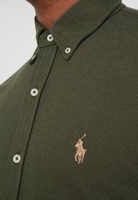 Polo Ralph Lauren - LONG SLEEVE - Vapaa-ajan kauluspaita - estate olive - 4