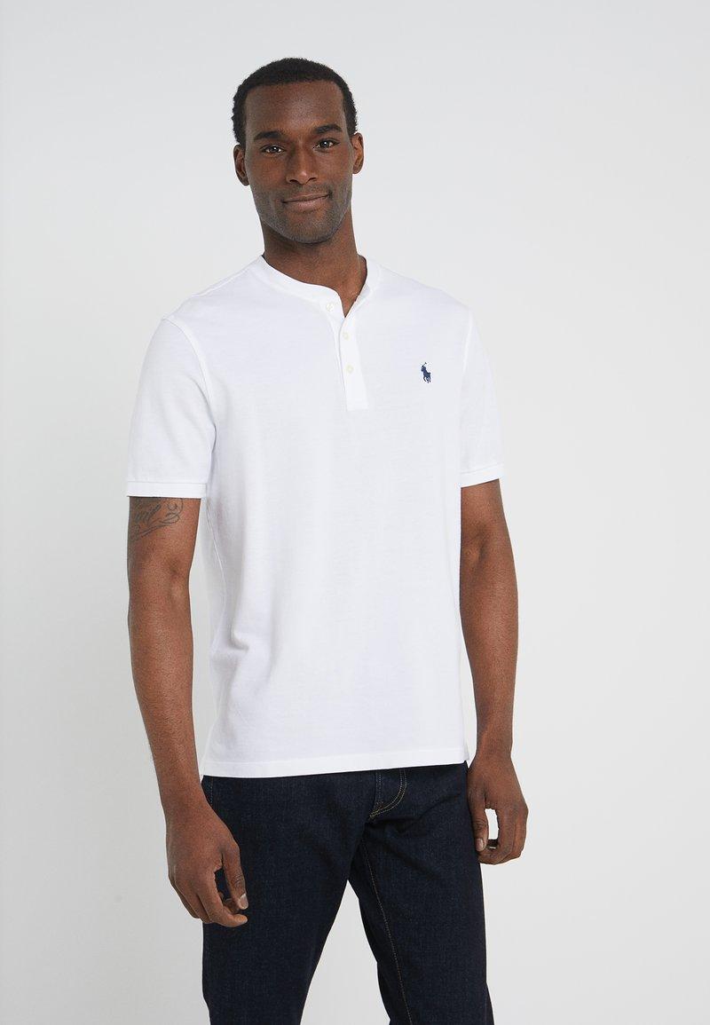 Polo Ralph Lauren - FEATHERWEIGH - T-Shirt basic - white