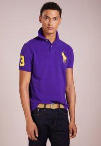 Polo Ralph Lauren - BASIC CUSTOM SLIM FIT - Polo - chalet purple - 0
