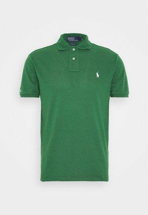 Polo - stuart green