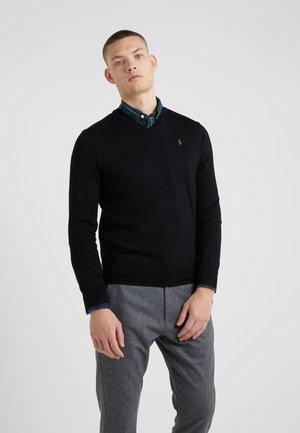 SLIM FIT - Pullover - black