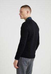 Polo Ralph Lauren - SLIM FIT - Jersey de punto - black - 2