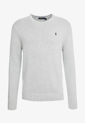 Stickad tröja - andover heather