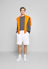 Polo Ralph Lauren - DOUBLE KNIT TECH-SHO - Shorts - white - 1