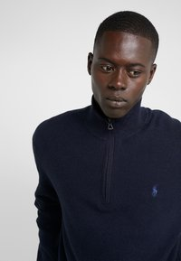 Polo Ralph Lauren - PIMA TEXTURE - Strikpullover /Striktrøjer - navy heather - 3