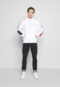 Polo Ralph Lauren - HEAVY SOFT TOUCH - Hoodie - white - 1