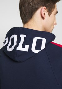 Polo Ralph Lauren - HEAVY SOFT TOUCH - Hoodie - cruise navy - 4
