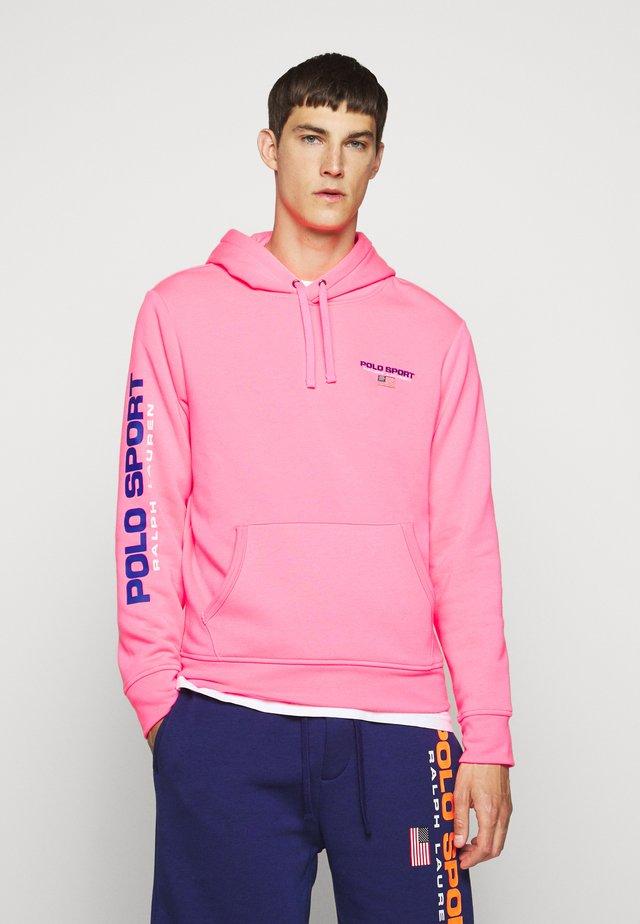 Jersey con capucha - blaze knockout pink