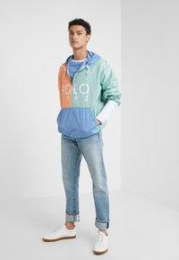 Polo Ralph Lauren - COLOR BLOCK - Giacca a vento - blue - 1