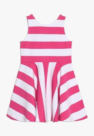 PONTE DRESS - Robe d'été - ultra pink/white