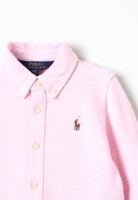 Polo Ralph Lauren - OXFORD DRESS - Robe d'été - carmel pink/white - 2