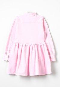 Polo Ralph Lauren - OXFORD DRESS - Robe d'été - carmel pink/white - 1