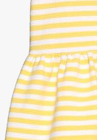 Polo Ralph Lauren - STRUCTURED STRIPE - Denní šaty - signal yellow/white - 2