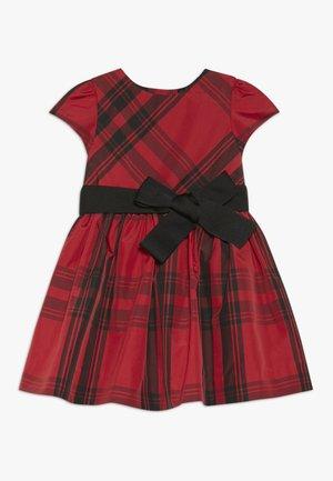 PLAID DRESS - Cocktailklänning - red/black