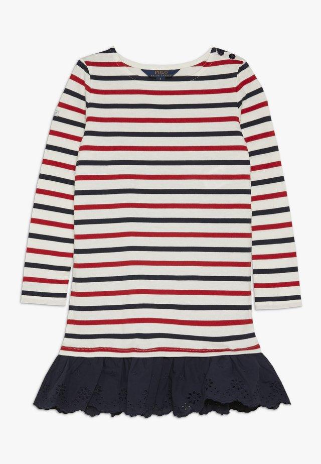 DRESSES - Jerseyklänning - clubhouse cream