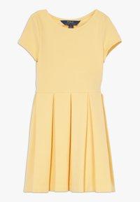 Polo Ralph Lauren - SOLID DRESSES - Vestito di maglina - empire yellow - 0