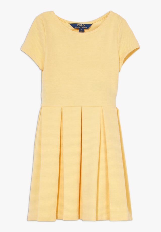 SOLID DRESSES - Jerseykleid - empire yellow