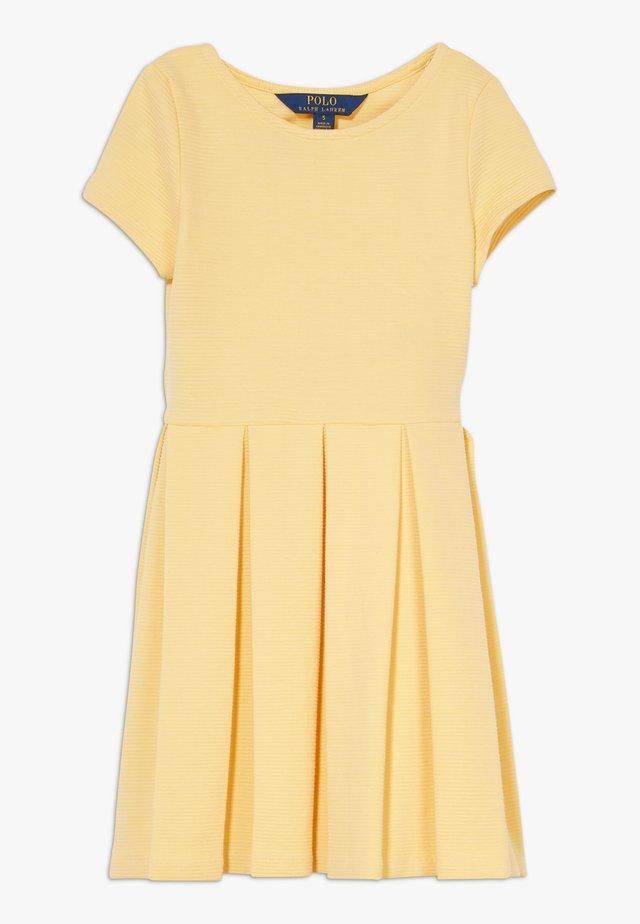 SOLID DRESSES - Vestito di maglina - empire yellow