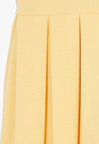 Polo Ralph Lauren - SOLID DRESSES - Vestito di maglina - empire yellow - 2
