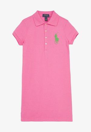 DRESS - Trikoomekko - baja pink cycle/green multi