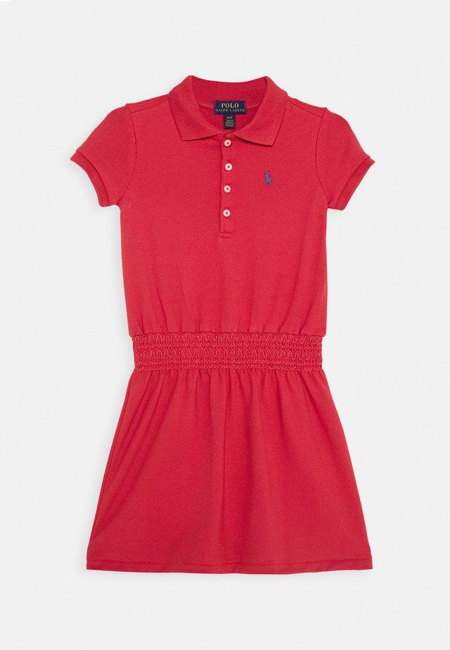 SMOCK DRESS - Vardagsklänning - nantucket red