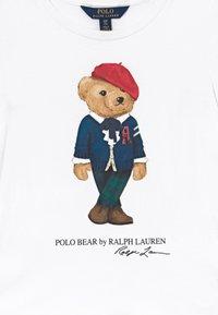 Polo Ralph Lauren - BEAR - T-shirt con stampa - white - 3