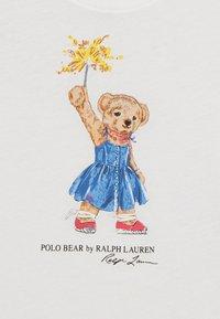 Polo Ralph Lauren - BEAR TEE - Triko spotiskem - deckwash white - 2