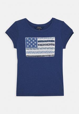 FLAG TEE - Print T-shirt - federal blue