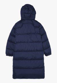 Polo Ralph Lauren - LONG CAP OUTERWEAR JACKET - Kabát zprachového peří - french navy - 1