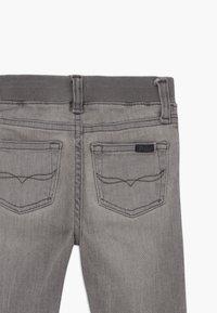 Polo Ralph Lauren - SULLIVAN BABY - Slim fit jeans - sadler wash - 3