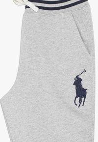 Polo Ralph Lauren - BOTTOMS PANT - Pantalon de survêtement - light grey heather - 4
