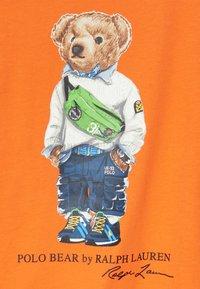 Polo Ralph Lauren - T-shirt con stampa - bright signal orange - 3