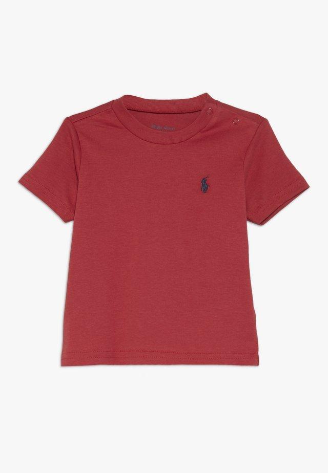 Camiseta básica - sunrise red