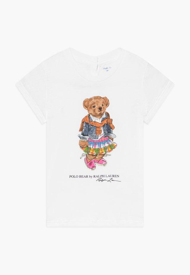 BEAR TEE - T-shirt med print - white