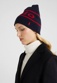 Polo Ralph Lauren - STADIUM - Berretto - navy/red - 1