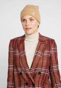 Polo Ralph Lauren - CABLE HAT - Lue - camel melange - 1