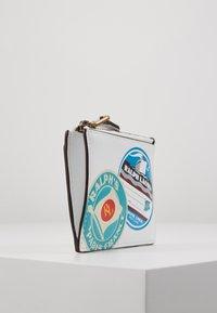 Polo Ralph Lauren - TRAVEL - Portemonnee - white/multi-coloured - 4
