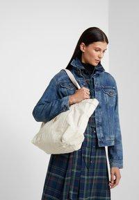 Polo Ralph Lauren - Bolso shopping - cream - 1
