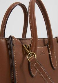 Polo Ralph Lauren - MINI SLOANE - Bolso de mano - saddle - 1