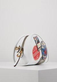 Polo Ralph Lauren - TRAVEL HALF MOON  - Borsa a tracolla - white/multi - 4