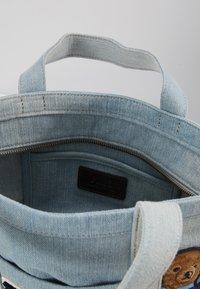 Polo Ralph Lauren - BEAR SMALL - Velká kabelka - denim - 4