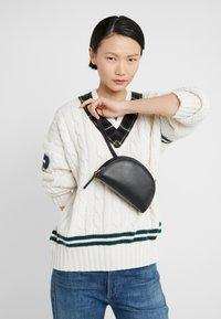 Polo Ralph Lauren - SMOOTH BLEECKER MINI - Bum bag - black - 1